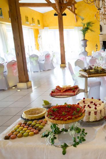 Buffet de desserts, restaurant de la Grange de Condé en Moselle