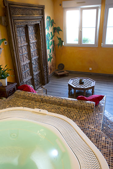 Spa, ambiance orientale, Spa et massage, espace détente de l'hôtel de la Grange de Condé en Moselle